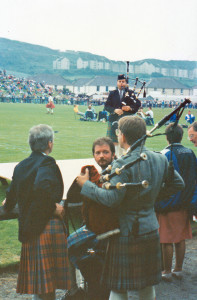 Michael Grey, Argllshire Gathering, 1991. Foreground, L-R: Jim McGillivray, Bruce Gandy, Peter Aumonier